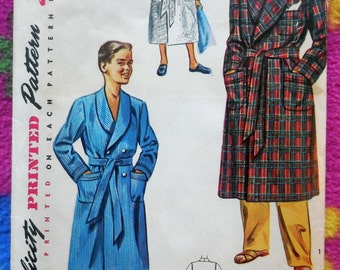 Simplicity 4133 - Boys' or Kids / Tweens Bathrobes / Robes / Housecoats - 1940s / 50s Vintage Pattern - Pockets - Size 10 (Bust 28) - NICE