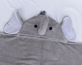 PERSONALIZED Elephant Hooded Bath Towel- Grey with your choice of Ear color - Perfect gift for Infant / Toddler / Child