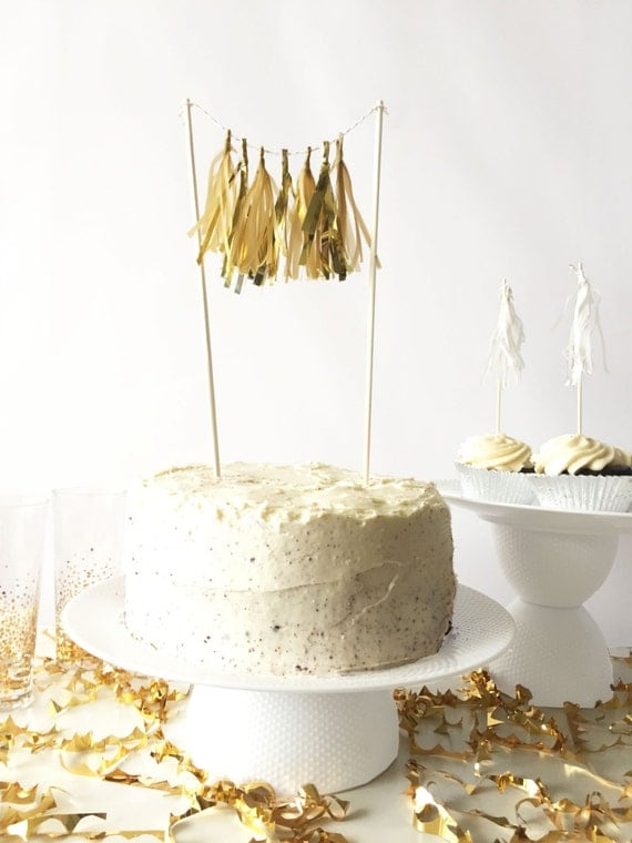 Mini-Tassel Cake Topper - Golden