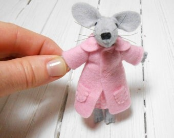 Gift daughter gift mom felt brooch kids jewelry tiny stuffed animal mouse pink gray grey Baby shower children birthday