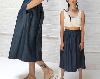 slate sea -- vintage 80s leather full skirt with pockets S/M
