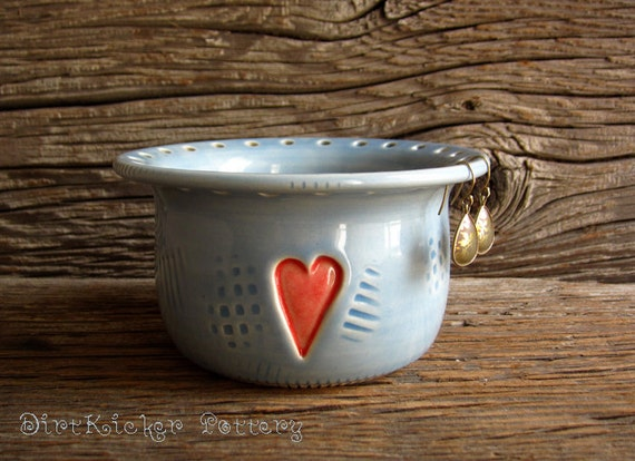 Earring Holder Bowl in Glossy Blue with Red Heart - Jewelry Organizer - by DirtKicker Pottery