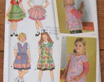 2006 simplicity pattern 4286 child's apron girl sz 3-4-5-6-7-8 uncut