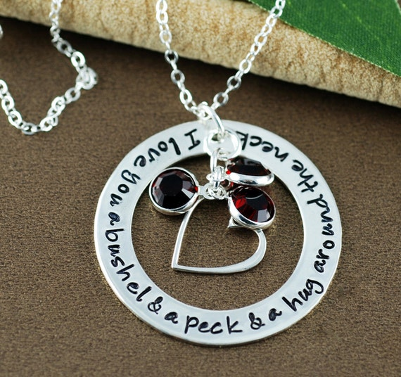 Darling necklace for mom