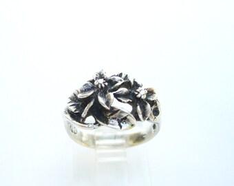 Vintage Signed CTQ 925 Sterling Silver Four Petal Flower Ring Size 6.25