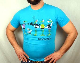 Vintage 1980s Funny Seattle Space Needle Seagull 80s Tee Shirt Tshirt