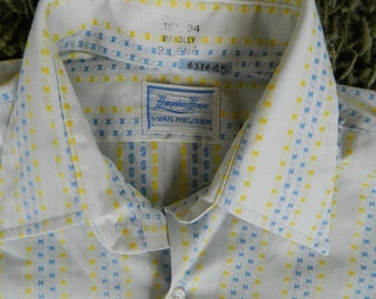 1970s vintage Van Heusen collared date shirt - size large