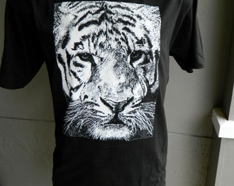 White Tiger 1980s Vintage black t-shirt  - size large