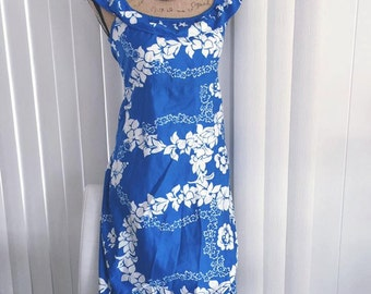 Vintage Hilo Hattie Blue Hawaiian Dress -- Size S-M