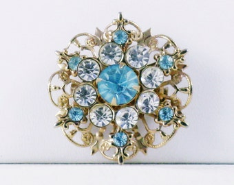 Vintage Aqua Blue and Clear Rhinestone Snowflake Brooch Pin (B-4-5)