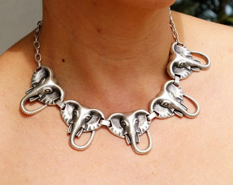 Statement Necklace Bib necklace Bib Statement Necklace Tribal Necklace Elephant Necklace Boho - ネックレス- Abstract Jewelry statement jewellery