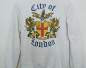vintage 1980s CITY OF LONDON sweatshirt // vintage souvenir sweater, raglan style, size l