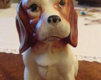 Vintage SPOTTED PUP Puppy Spaniel  Figurine