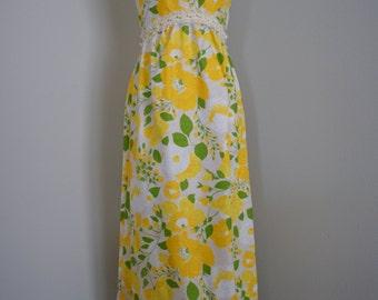 Vintage LEMON Yellow FLOWER Print 60s 70s MAXI Dress (s-m)