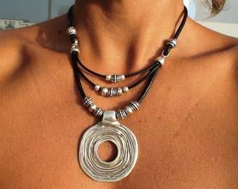 Silver necklaces, leather necklace, silver pendants, fashion necklaces, Pendant necklaces, statement necklaces, fashion jewelry