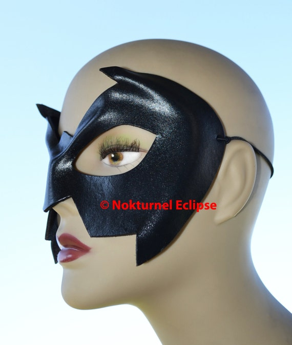 Nightwing Superhero Leather Mask Batman Robin Batman Damian Wayne Batgirl Comic Con Halloween Costume Unisex - Available in Any Basic Color