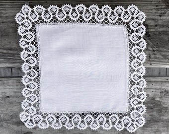 Small Vintage White Linen & Lace Hankie Handkerchief Wedding Bridal Hankie Handkerchief Something Old Lace