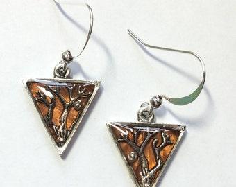 Double branch triangle earrings