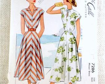 Vintage Pattern McCall 7286 1940s cap sleeve dress Bust 32 wing collar V neck gored skirt flared skirt