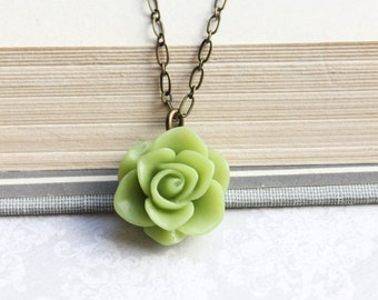Leaf Green Rose Necklace Spring Wedding Floral Jewellery Bridesmaids Gift Flower Pendant Garden Flower Necklace Womens Jewelry Nickel Free