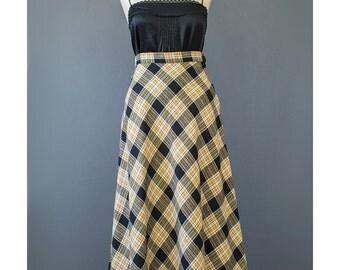 SALE - Plaid Wool Skirt 70s Maxi Skirt High Waist A Line Skirt Wool Maxi Skirt Plaid Maxi Skirt 1970s Mod Skirt Long Plaid Skirt