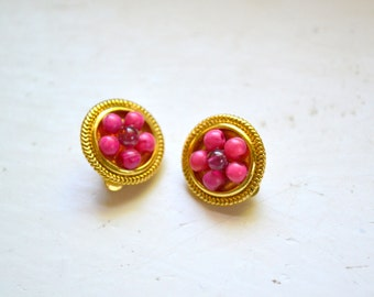 1960s Small Pink Flower Clip Earrings