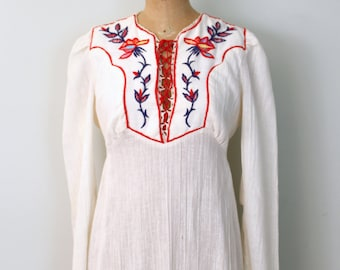 vintage 70s hippie wedding dress - 70s ivory gauze maxi dress / Candi Jones - hand embroidered dress / 60s festival dress - corset lacing