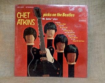 Chet Atkins - Chet Atkins Picks the Beatles - 1966 Vintage Vinyl Record Album