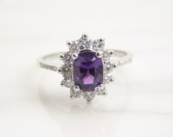 Vintage 14k White Gold 1ct Natural Purple Sapphire Accented Diamond Halo Engagement Ring / Size 5