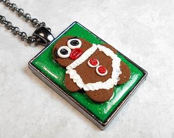 Christmas Pendant, Christmas Necklace, Holiday Jewelry, Gingerbread Man, Funny Cute, Brown Green Red, Gunmetal Plated, Polymer Clay, Kawaii