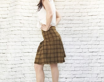 Vintage 60s Plaid Wool Box Pleat Skirt XS Pendleton Brown Gold High Waist