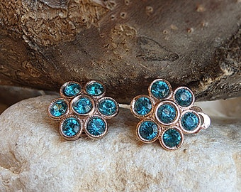 Swarovski Clip earrings. Rose gold Clip  on earrings. Flower clipon earrings. Small earrings. Non pierced earrings. Bride turquoise earrings