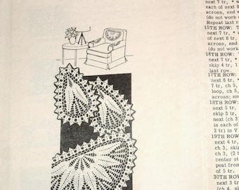 "Fern Leaf Doilies Set Crocheted Thread Lace Chair Back Fan Doily 11 Oval 18"" Half Round Vintage 1940s Design Mail Order Crochet Pattern 7299"