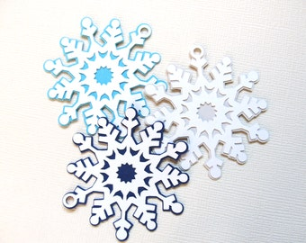 Snowflake Tags, Winter Wonderland, Frozen Party, Gift Tags, Party Favor Tags, Christmas, Wedding, Shower, Birthday,  Winter, Set of 6