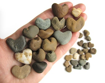36 Heart Shaped Rocks - Natural River Beach Stones - Valentes Day Decor