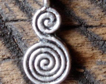 Moroccan double spiral pendant
