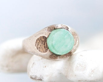 Jade Signet Ring - Sterling Silver Ring - Size 6.5 - Vintage Jewelry ca 1970s