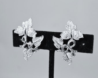 Beautiful Silver Leaves on the Vine Clip On Earrings - Sarah Coventry