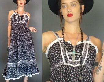 vintage 70s black floral gunne sax sundress // prairie dress // size 5 // hippie // boho southwestern