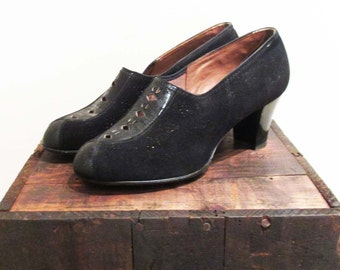 Vintage 1940s Shoes | Black Suede Perforated Leather 1940s Pumps | size 7.5 - 8