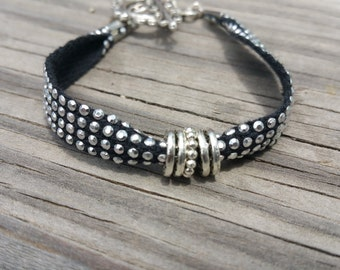 Beautiful black and silver stackable bracelet