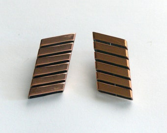 renior clip earrings