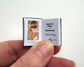 Dolls' House Miniature Book - Japanese Prints (leather bound)