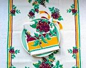 Vintage Unused Tea Towel, Dish Towel, Kitchen Towel -  1940s NOS Lilac Print Cotton