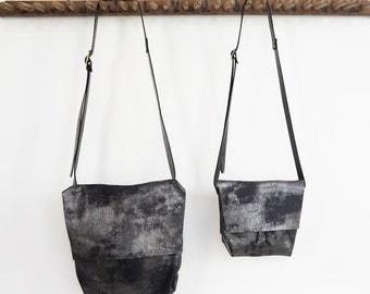 Bolsa - Messenger Bucket Crossbody Bag - Distressed Black