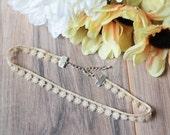 Ivory floral lace choker | Flower choker | Bohemian boho festival jewelry | Tattoo choker | Summer jewelry | Romantic choker |