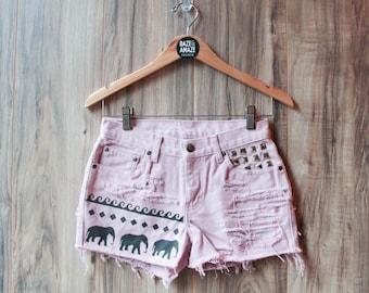 High waist vintage pink denim shorts Size 2/4   Ripped distressed shorts   Elephant safari animal studded denim   Festival bohemian shorts