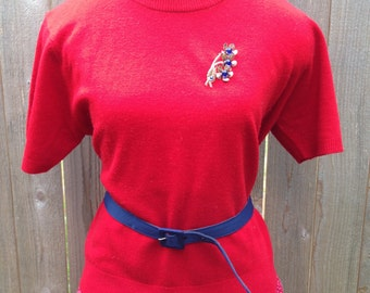 SALE > Vintage Cherry Red Short Sleeve Pin Up Sweater / size Large