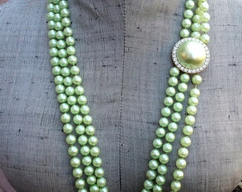Vintage Chunky Triple Strand Knotted Mint Pearl and Rhinestone Necklace, Long Mint Green Pearl Necklace Wedding Jewelry Jewellery