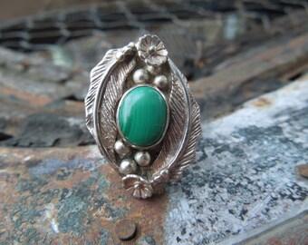 Navajo Sterling Silver Malachite Ring  Native American Size 8 Vintage